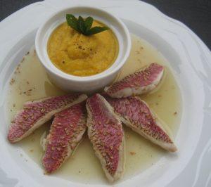 rouget-a-la-sauce-au-citron-et-purée-de-carottes